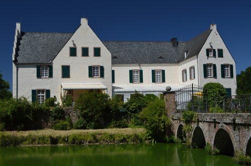 castle  heimer home  ville