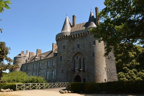 castle  castle of montmuran  ille et vilaine
