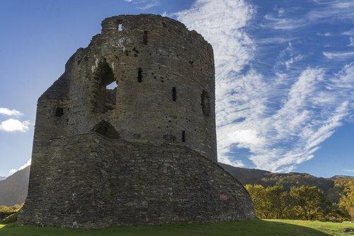 castle  wales  caernarfon