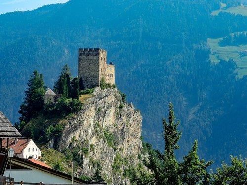 castle  building  burgruine