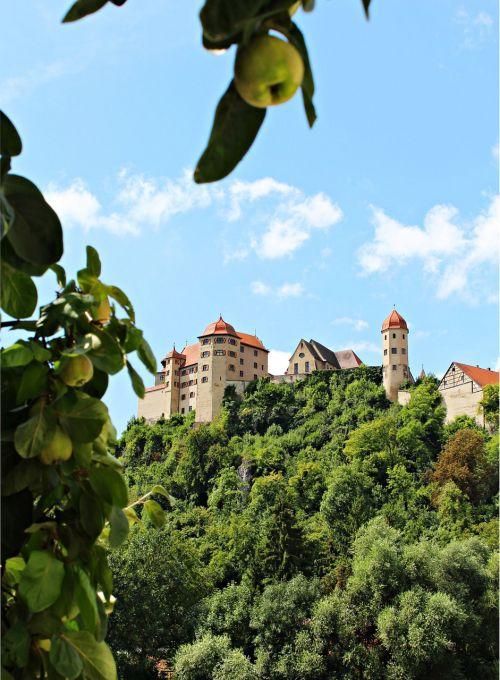 castle middle ages places of interest