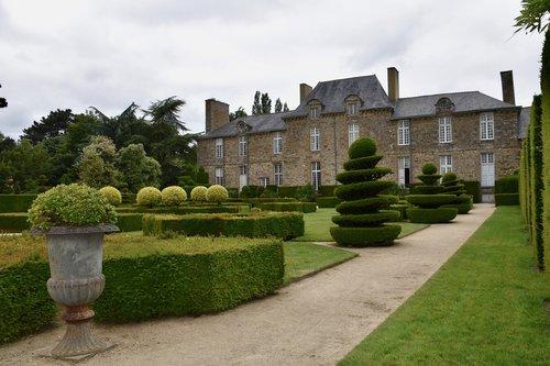 castle  garden  park