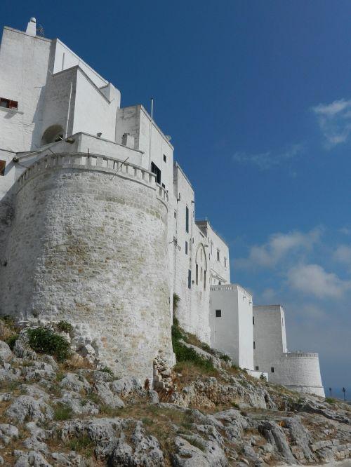 castle puglia italia