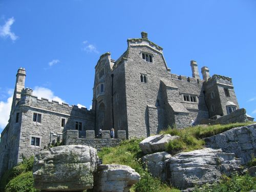 castle places of interest historically