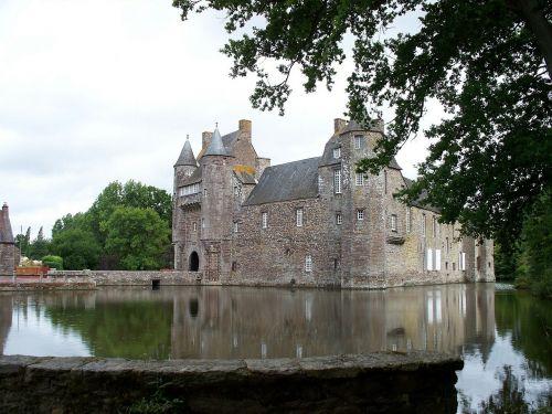 castle lake france