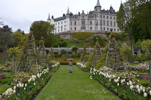 castle garden historically