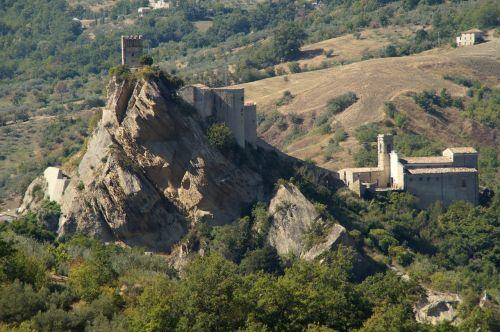 castle burgruine roccascalegna