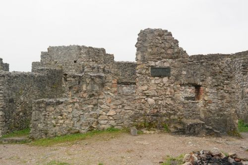 castle eisenberg castle stones