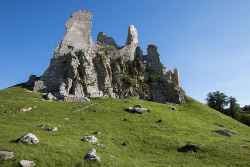 castle hrusov  castle  ruins