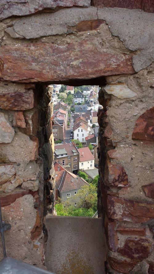 castle windows embrasure gathered