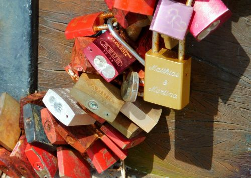 castles love locks castle