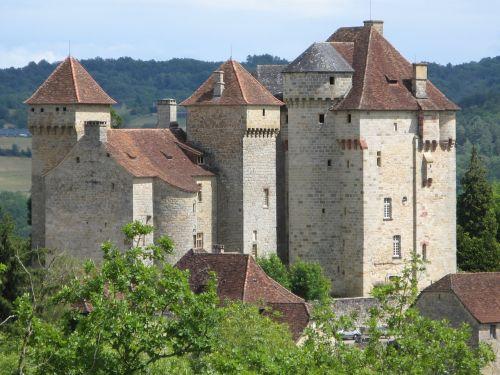 castles curemonte corrèze