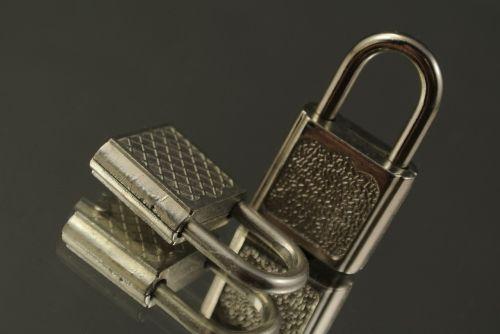 castles lock key