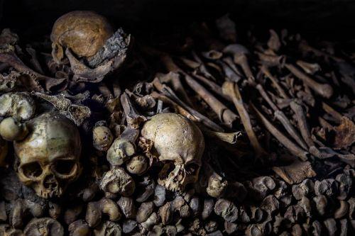 catacombs underground ossuaries paris
