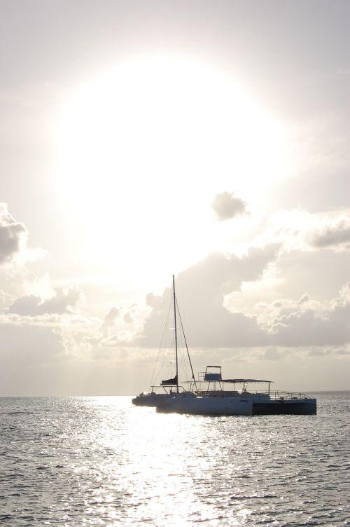 catamaran sailing boat beach
