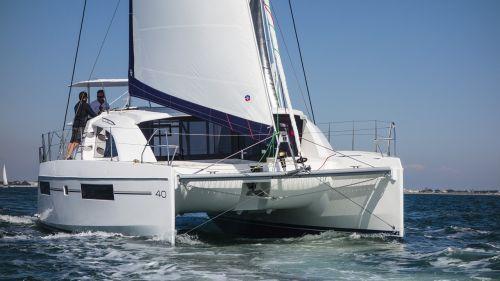 catamaran sail sea