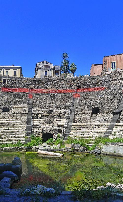 catania teatro roman theatre