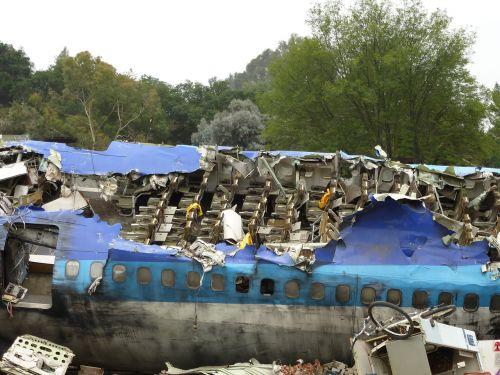 catastrophe airplane crash airplane