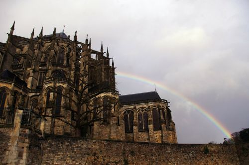 cathedral france le mans