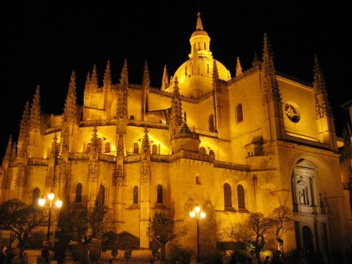 cathedral segovia city