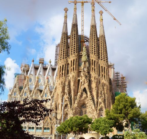 cathedral sagrada familia spain