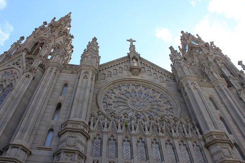cathedral  arucas  gran canaria