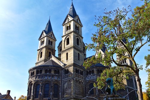 cathedral  roermond  netherlands