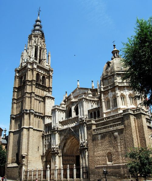 cathedral toledo church