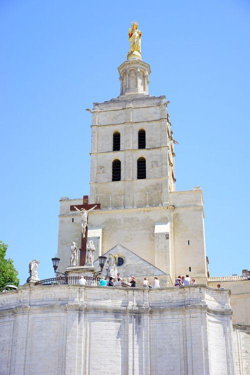 cathedral notre-dame-des-doms figure golden