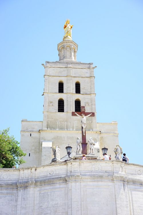 cathedral notre-dame-des-doms cross christian