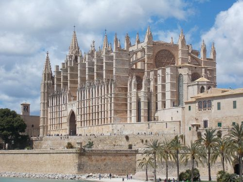cathedral of saint mary palma mallorca