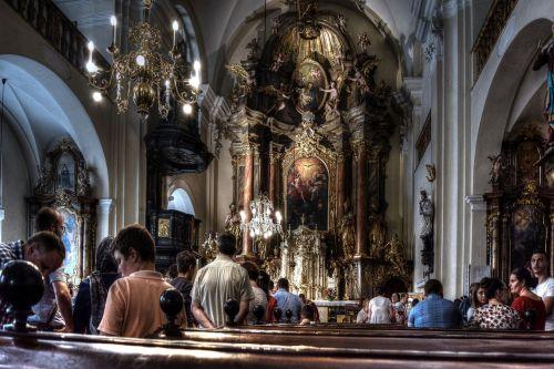 catholic holy mass service