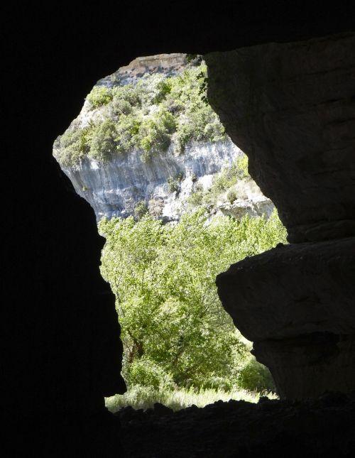 urvas,šviesa,Rokas,gamta,kelionė,urvas,po žeme,akmuo,tamsi,natūralus,geologija,žemė,turizmas,kraštovaizdis,įėjimas,geologinis,formavimas,siluetas,funkcija,granitas,vaizdingas