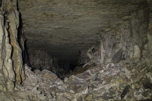 urvas,galerija,požeminis,akmenys,žemė,tamsi,ekskursija,liūdesys,urvas,grote