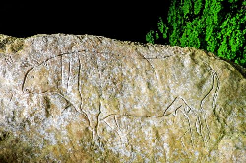 cave of the hermit graffiti paleolithic
