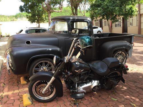 caveirão truck bike