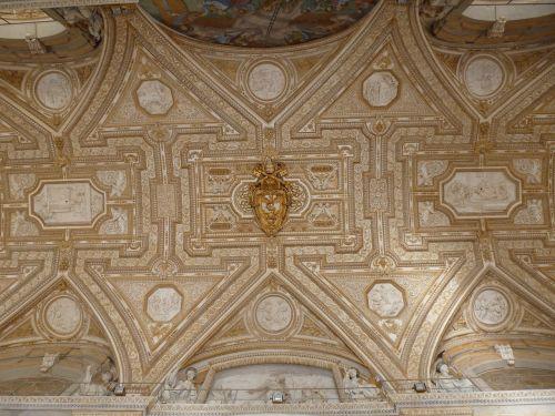 ceiling vatican st peters