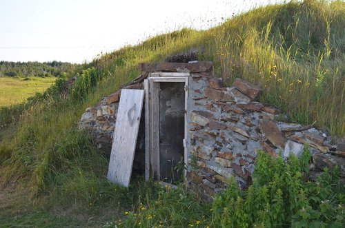 cellar  newfoundland  root cellar