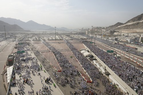 cemerat  stoning the devil way  mecca