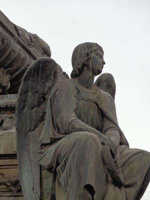 cemetery priest angel