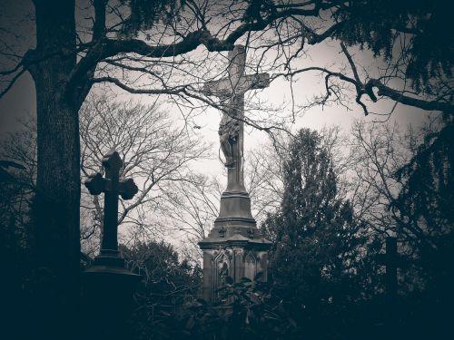 cemetery grave tomb