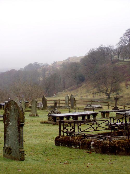 cemetery historically romantic
