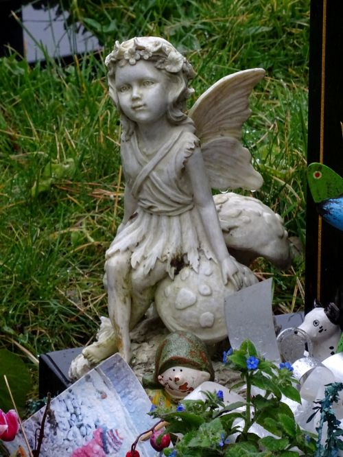 Cemetery Gravestone Angel