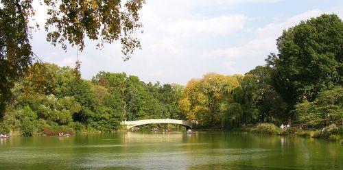 centrinis parkas,Niujorkas,nyc,tvenkinys,Manhatanas,tiltas,ežeras,parkas