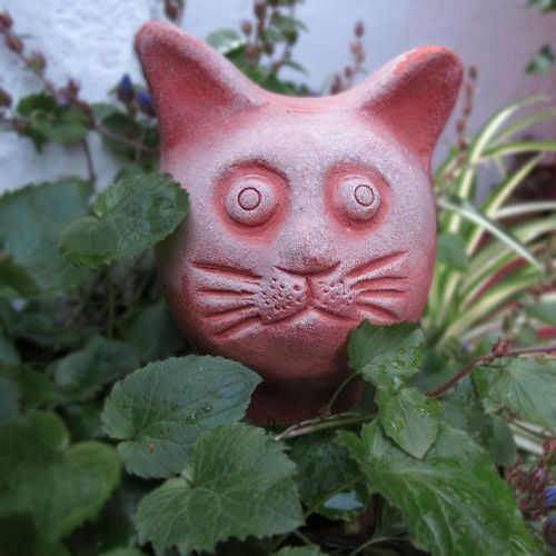 ceramic garden figurines cat