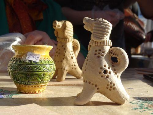 ceramics traditional tinkering