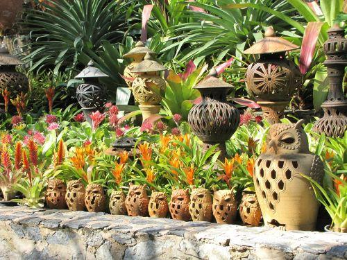 ceramics nong nooch garden tropical garden