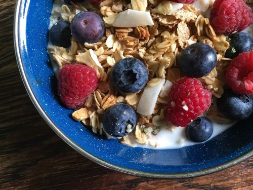 cereal granola milk