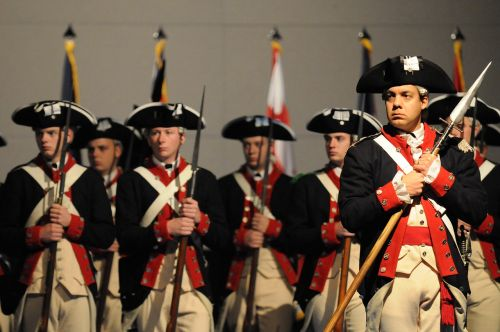 ceremonial military soldiers