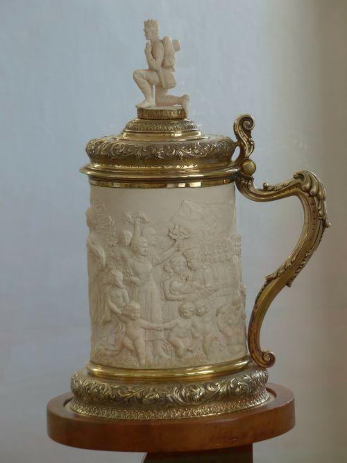 ceremonial jug krug drinking cup